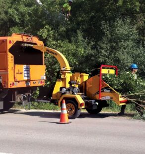 Commercial Tree Services-Encinitas CA Tree Trimming and Stump Grinding Services-We Offer Tree Trimming Services, Tree Removal, Tree Pruning, Tree Cutting, Residential and Commercial Tree Trimming Services, Storm Damage, Emergency Tree Removal, Land Clearing, Tree Companies, Tree Care Service, Stump Grinding, and we're the Best Tree Trimming Company Near You Guaranteed!